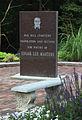 Edgar Masters Memorial.jpg