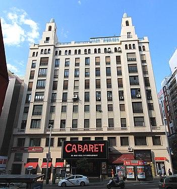 Edificio Rialto (Gran Vía 54, Madrid) 02.jpg