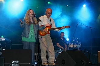 Elaine Morgan (singer) - Elaine Morgan in concert with Dan Ar Braz, 2008