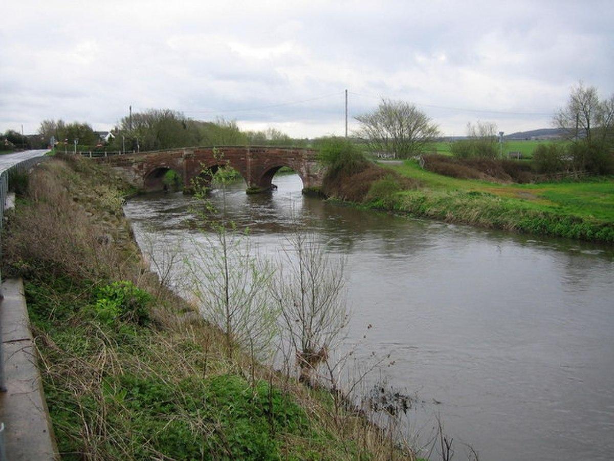 Elford Bridge - geograph.org.uk - 155612.jpg