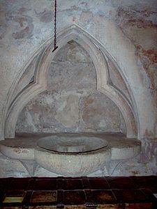 Elisabethkirche Marburg e02.jpg