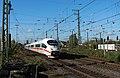 Emmerich DB ICE3 4610 doorkomst naar Frankfurt (10572539866).jpg