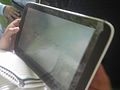 Empleando tablet para centrar atenciòn y relajar . 02.jpg