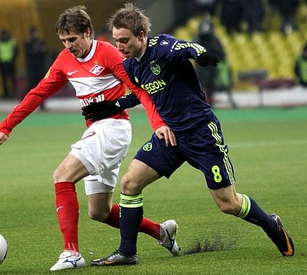 Eriksen (right) playing for Ajax against Spartak Moscow in 2011. EriksenAjax2.jpg