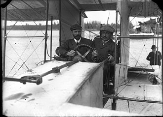 Voisin 1907 biplane - Farman and Archdeacon at Ghent, May 1908