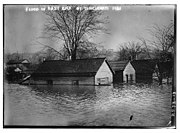 Flood in East end of Cincinnati - 1913 (LOC)