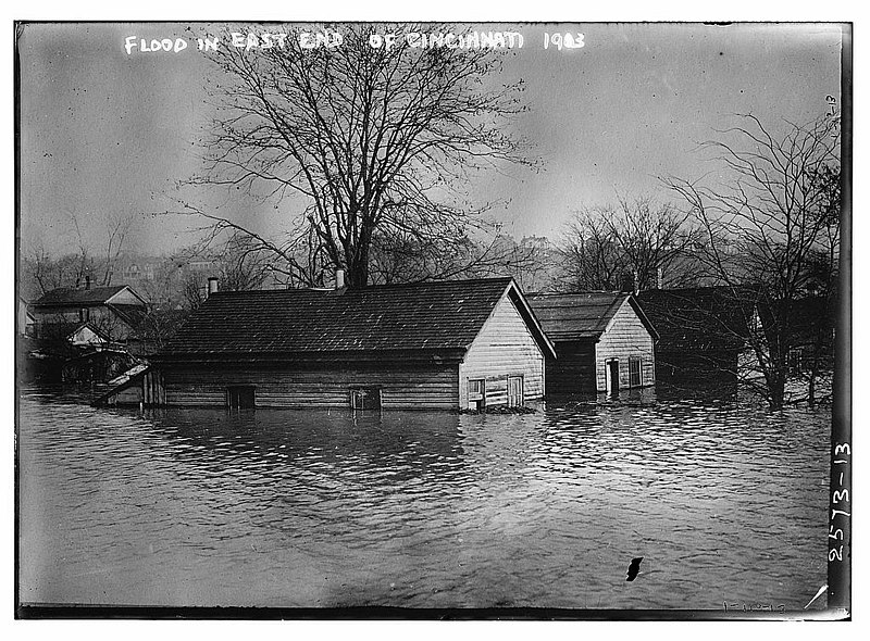 Flood in East end of Cincinnati - 1913 (LOC).jpg