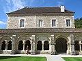 Fontenay Abbey - Cloister and house of abbeys.jpg