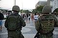Forças armadas já estão operando nas ruas e avenidas do Rio - 36063446722.jpg
