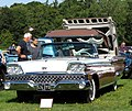 Ford Galaxie mfd 1959 5700cc demonstrating roofworks.jpg