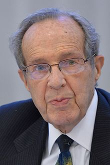 Former U.S. Secretary of Defense William Perry (13758070063) (cropped).jpg