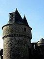 Fougères (35) Château Tour du Hallay 05.JPG