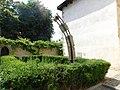 Fragment gotického oblouku před Templem v Mladé Boleslavi (Q104978197).jpg