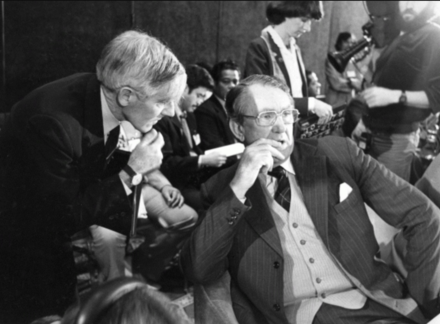 Foreign Minister Anthony Street advising Prime Minister Malcolm Fraser at the 13th South Pacific Forum FraserAndStreet.png