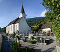 Friedhof an der Kath. Pfarrkirche hl. Antonius Abt in Düns.jpg