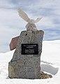 Gedenkstein Timmelsjoch (Südtirol) Was Freundschaft verbindet kann die Politik nicht trennen.jpg