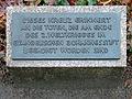 Gedenktafel Schönwalder Allee 26 (Hakenf) Opfer des Krieges.jpg