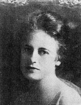Genevieve Springston Lynch - Anonymous photo c. 1916