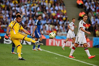 Germany and Argentina face off in the final of the World Cup 2014 16.jpg