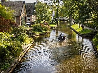 Giethoorn - Image: Giethoorn Netherlands flckr 05