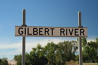 Furt der Burke Developmental Road am Gilbert River