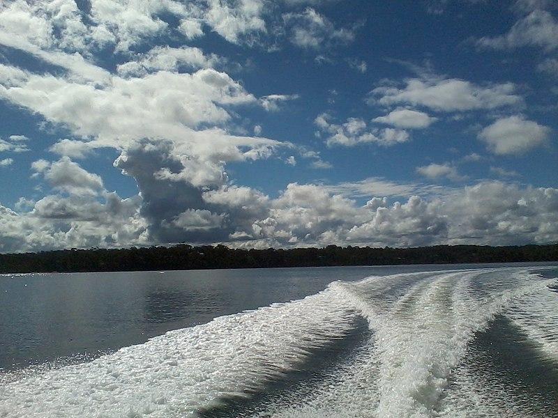 File:Gippsland Lakes near Metung - panoramio.jpg