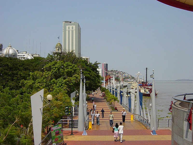 Guayaquil city 2000 - by Martin Zeise