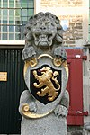 halsteren - dorpsstraat 22 - raadhuis - bordes leeuw met de nederlandse leeuw