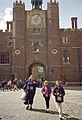 Hampton Court Palace, Ann Boleyn's Gateway - geograph.org.uk - 1730638.jpg