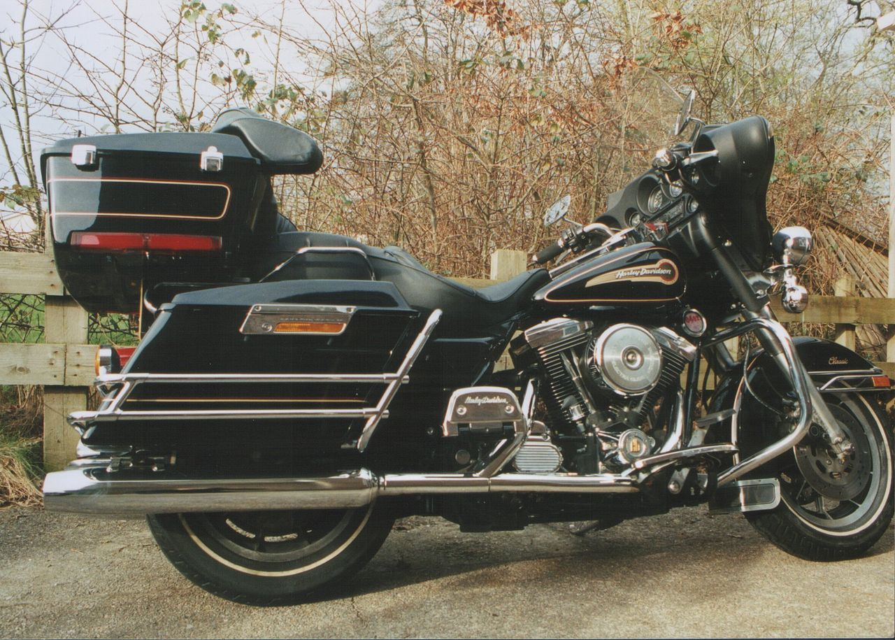 Harley Softail Tour Pack Backrest