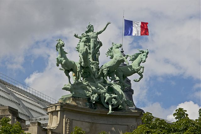 Harmony triumphing over Discord Quadriga Re'cipon Grand Palais Paris