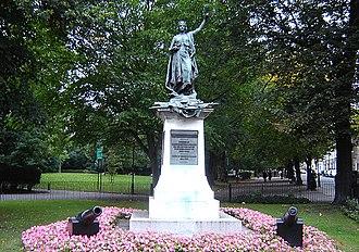 Bertram Mackennal - Boer War Memorial, Highbury Fields, Islington (1903)