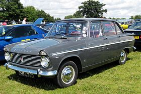 Hillman Super Minx 1725cc May 1966.JPG