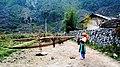Hmong Girl in PhoCao HaGiang 2005.JPG