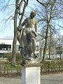 Hofgarten Eichstätt -Statue NO (1).jpg