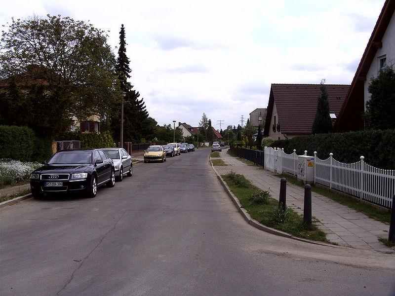 File:Hohenschönhausen Gartenstadt 01.jpg