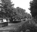 Houseboats on the Basingstoke Canal - geograph.org.uk - 581589.jpg