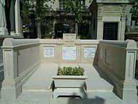 Huet edmond grave.jpg