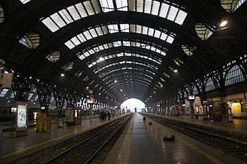 IMG 3035 Binari Stazione centrale di Milano - Foto Giovanni Dall'Orto 1-1-2007.jpg