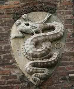 IMG 3734 - Milano - Stemma visconteo- sull'Arcivescovado - Foto di Giovanni Dall'Orto - 15-jan-2007.jpg