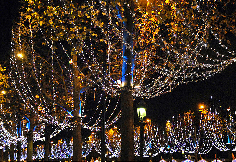 Decoração de dezembro em Paris
