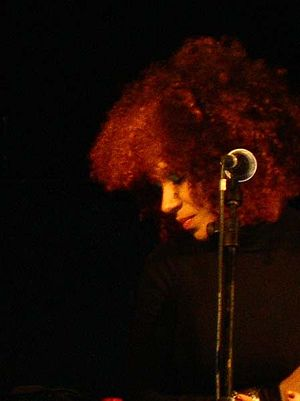 Imani Coppola - Coppola in concert with Peeping Tom, Milan in November 2006.