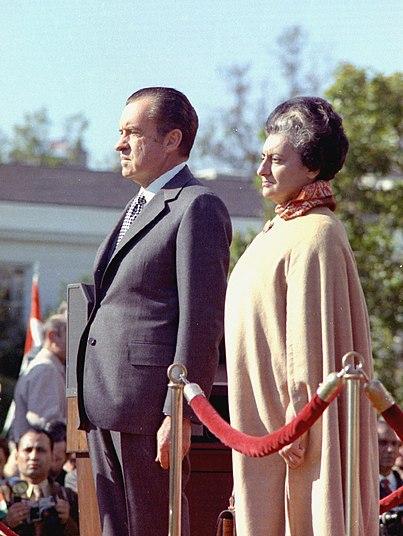 Datei:Indira and Nixon.JPG