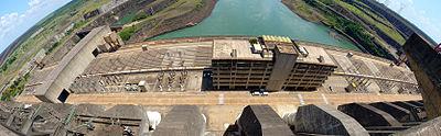 Itaipu Décembre 2007 - Vue d'en Haut 1.jpg