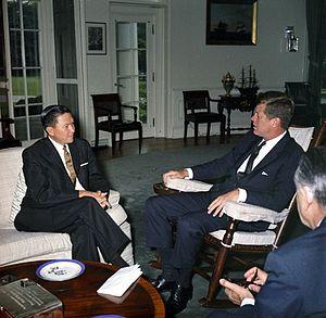 Emmanuel Pelaez - U.S. President John F. Kennedy receives Vice President Emmanuel Pelaez on 26 June 1962