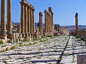 Cardo - Roman cardo in Jerash (Jordan)