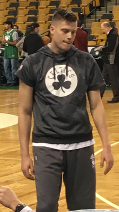 Jerebko with the Celtics on dec 2 2016.png