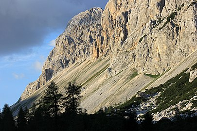 Julian Alps sunset 2013-08-17.jpg