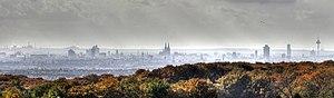 Odenthal - Image: Köln Skyline an einem regnerischem Tag 2009