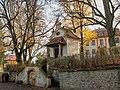 Kaple Panny Marie v Bouzově před hradem (Q72741438).jpg